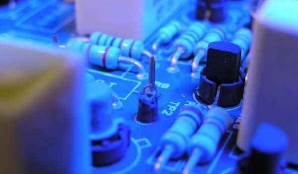 Get the basic masking process wrong and it can be a big problem. It could lead to a repair of the conformal coating leak, stripping the conformal coating off the whole circuit board, removing a component to replace it or completely scrapping the board.